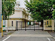 八王子市立第四中学校 距離700m