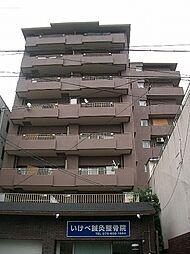 ルミエール桃山[6階]の外観