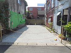 JR中央線「西八王子」駅徒歩14分。人気の整形地、建築条件付き売地 限定1棟。