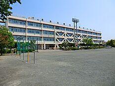 草花小学校 391m