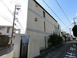 大阪府吹田市山手町2丁目の賃貸マンションの外観