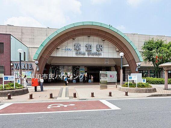 草加駅 112...