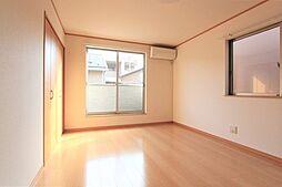 陽当たりが良く明るい2階居室