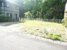 敷地面積は広々約57坪ございます。