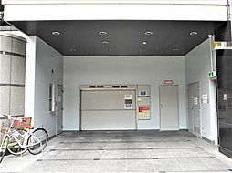大阪市北区天神橋4丁目の機械式駐車場