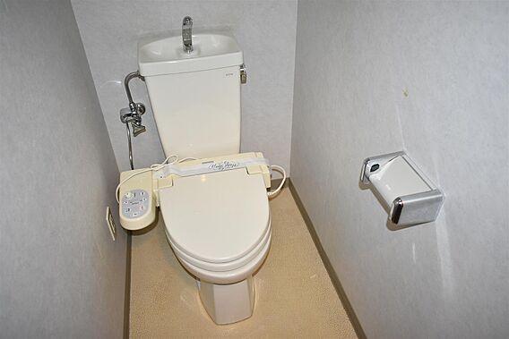 トイレは家の中...