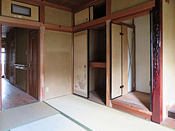 嵐山朝月町中古戸建 6DKの居間