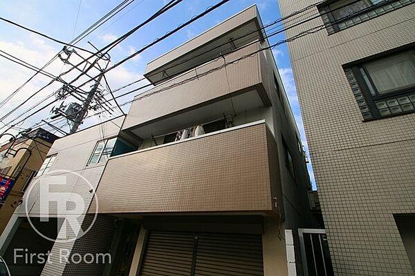 東京都小平市学園東町3丁目の賃貸マンションの外観