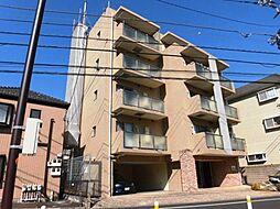東京都世田谷区南烏山5の賃貸マンションの外観