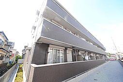 埼玉県越谷市上間久里の賃貸アパートの外観