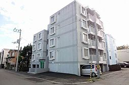 北海道札幌市白石区南郷通11丁目南の賃貸マンションの外観