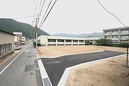 現地写真です、現在は残り一区画以外は建物が建っております。
