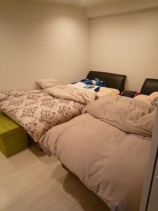 寝室は温かみの...