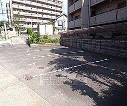 京都府宇治市木幡町西浦の賃貸マンションの外観