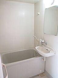 ケイポイントビルの浴室
