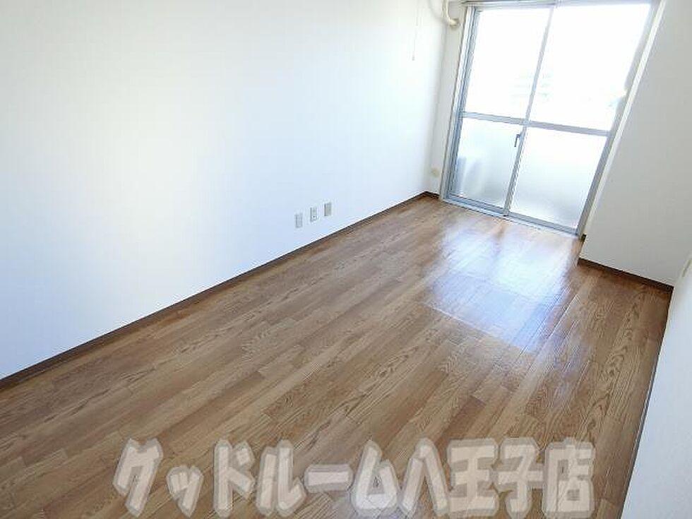 居間(エトワール明神町の写真 お部屋探しはグッドルームへ)