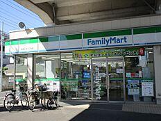 「ファミリーマート葛飾立石六丁目店」徒歩5分(約355m)