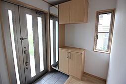 豊富な収納スペース御来客時もキレイな玄関でお迎えできますね。