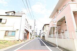 前面道路を含む土地写真