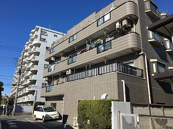 東京都大田区本羽田3丁目の賃貸マンションの外観