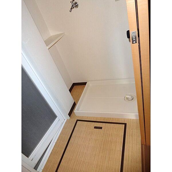 その他画像:洗濯機置き場・床下収納