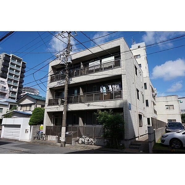 シャーメゾン新宿[102号室]の外観