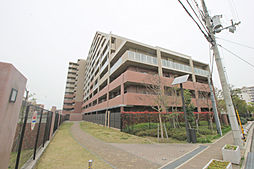 大阪府豊中市旭丘の賃貸マンションの外観