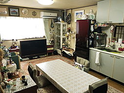 JR関西本線 東部市場前駅 徒歩12分 3LDKの居間