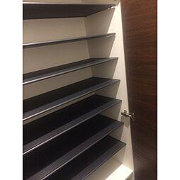 リーブル シルトクレーテ[1階]の外観