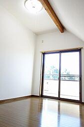 バルコニーに面した日当たりと風通しのよいお部屋です^^