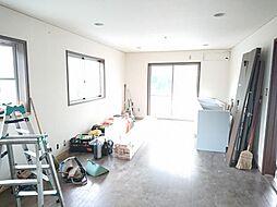 松阪市久保町 戸建て 4LDKの居間
