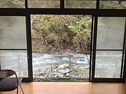 縁側の窓からのこの景色