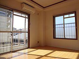 太平マンション(リフォーム済、最上階、角住戸)[305号室]の外観