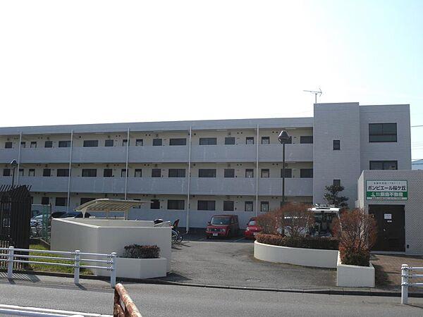 ポンピエール桜ケ丘B[2f号室]の外観