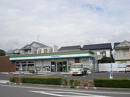 ファミリーマート半田南大矢知店 徒歩 約9分(約700m)