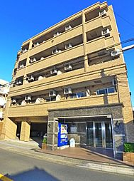 千葉県浦安市当代島3丁目の賃貸マンションの外観