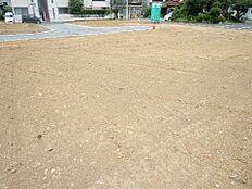 敷地面積は約56坪ございます。