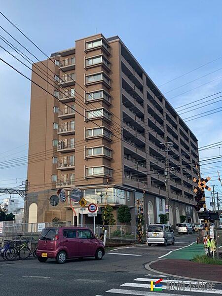 福岡県小郡市小板井の賃貸マンションの外観