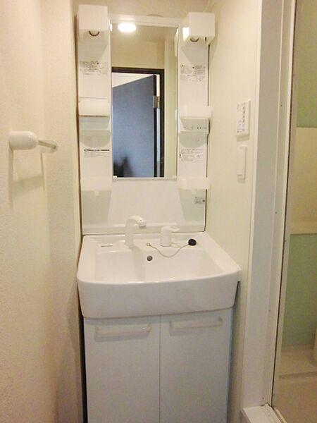 レオネクストアンビシャスVIGのうれしい独立洗面台