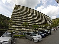 兵庫県宝塚市すみれガ丘3丁目の賃貸マンションの外観