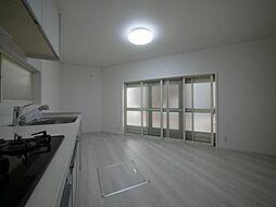 杉並区天沼1丁目 1階に水廻りを集約、先進の設備を採用した家 2DKの居間