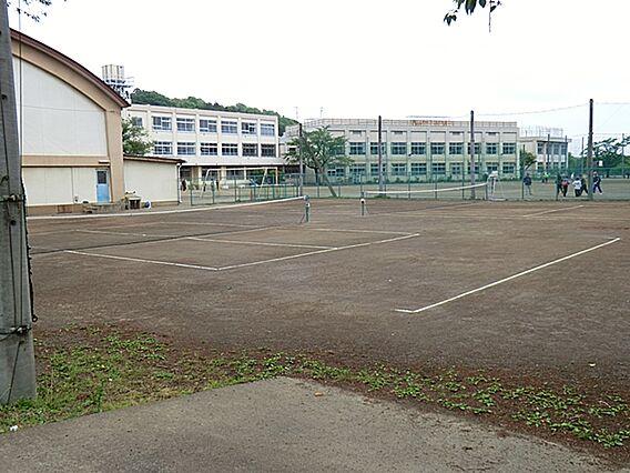 川口中学校まで...