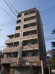 ルースト[3階]の外観