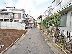 現地(2018年1月)撮影  西荻窪ならではの区画の綺麗なエリアの分譲地となります。