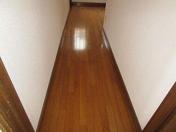 1階ホール床ワ...