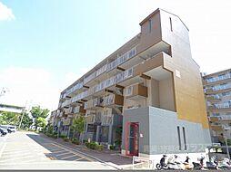 大阪府富田林市向陽台3丁目の賃貸マンションの外観