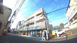 大阪府東大阪市小若江4の賃貸マンションの外観