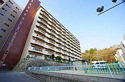 兵庫県川西市向陽台1丁目の賃貸マンションの外観