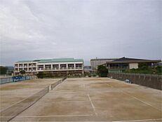 日立市立泉丘中学校(2059m)