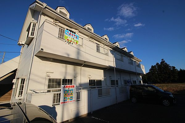 ホワイトピア A棟[106号室号室]の外観
